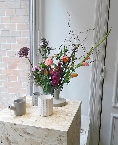 Keramik aus der Lovatt-Serie und der Sigillata-Serie von Serax beim INK + OLIVE Pop up Store