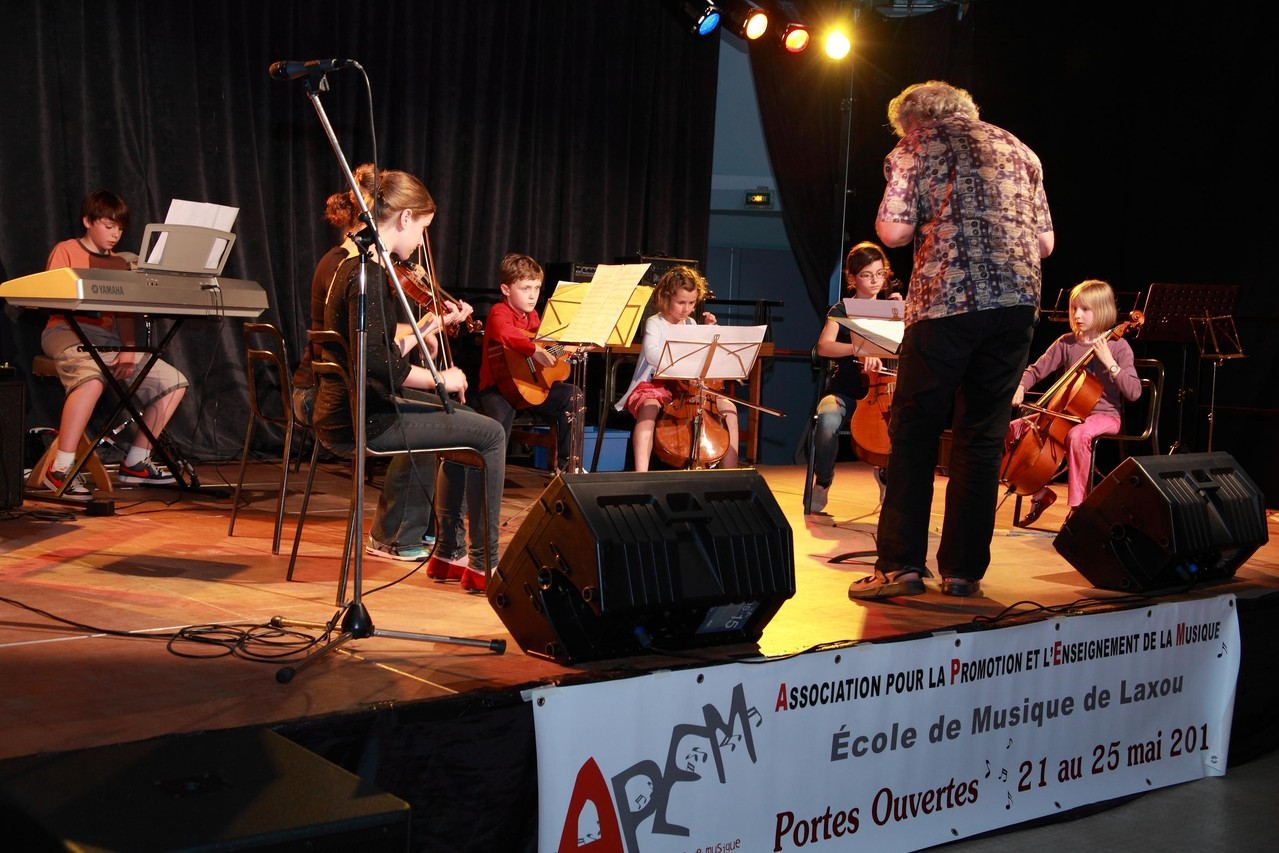 atelier orchestre à cordes                                                Photo Khaled Frikha