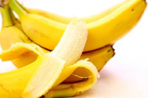バナナにはでんぷんを分解する酵素「アミラーゼ」が豊富