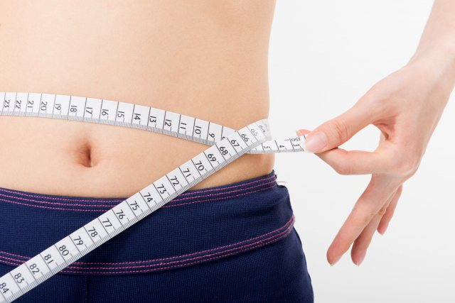 酵素と糖質制限でダイエットする方法