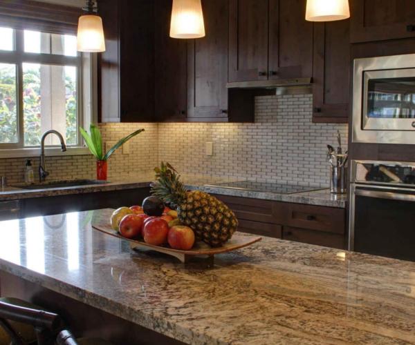 Küchenrückwand aus Stein