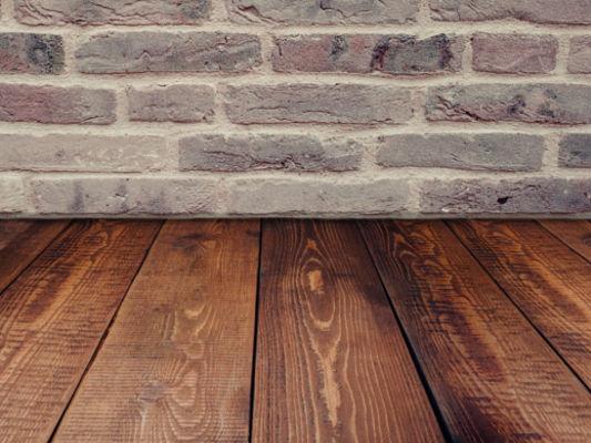 Holzdielen für Fußböden