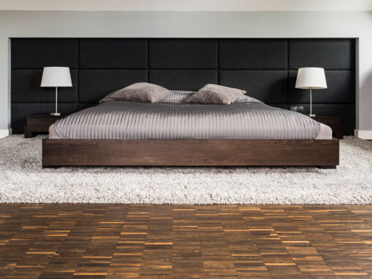 King-Size Bett aus Holz