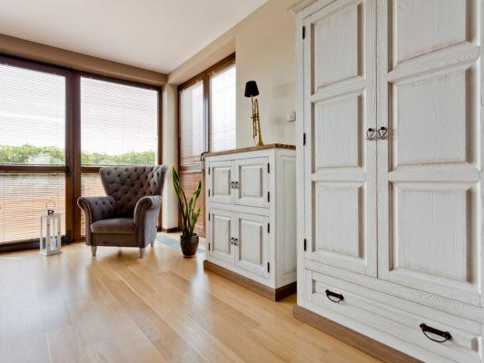 Highboard und Sideboard in Landhausstil