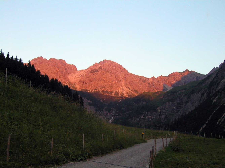 Innere Wiesalpe Kleinwalsertal, Ausflugsziel, Alpe, Brotzeit – Sommerstimmung