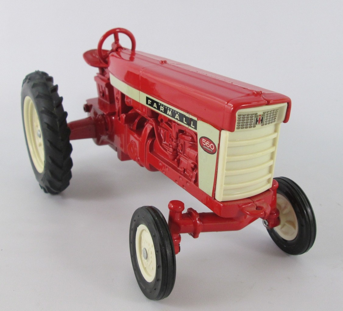 Trat Er Toy : For sale international farmall toys arizona diecast models