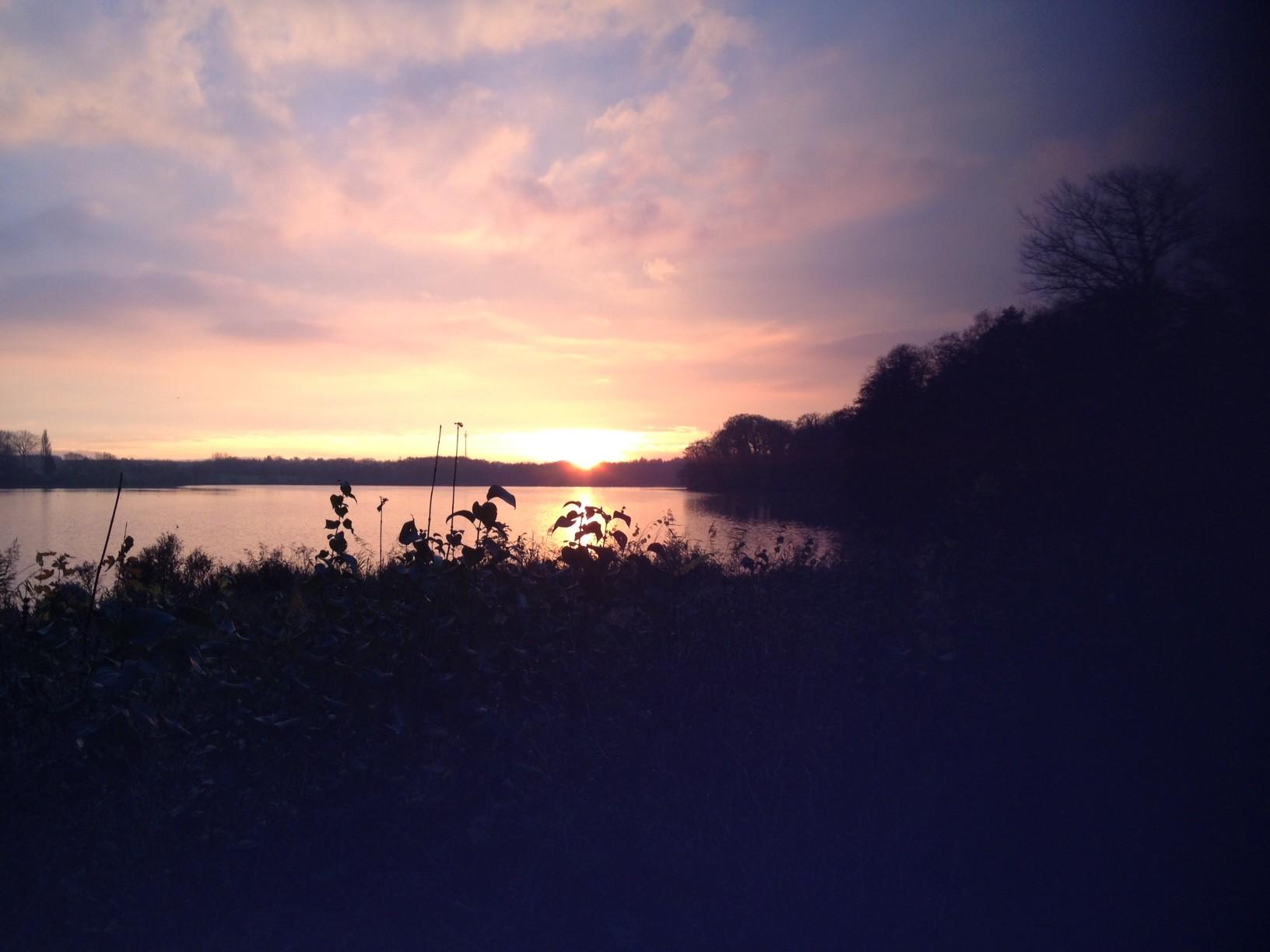 21.11.14: ein kurzer Lauf bei Sonnenuntergang um den kleinen Eutiner See.