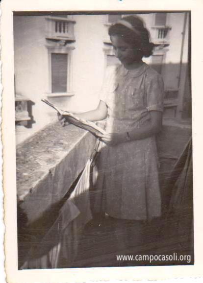 Foto n. 4: Stella in via Espinasse a Milano dopo la guerra