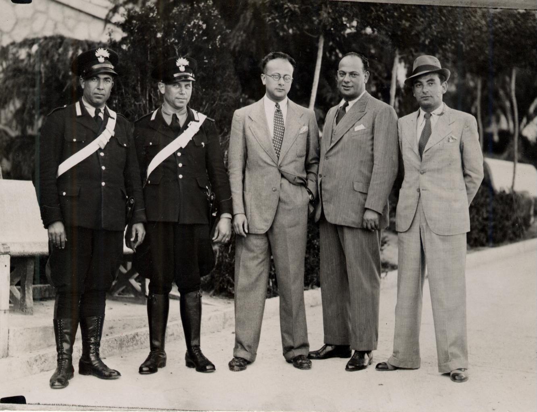 Giacomo Nagler (Kubi) con i carabinieri a Casoli il 01.06.1941