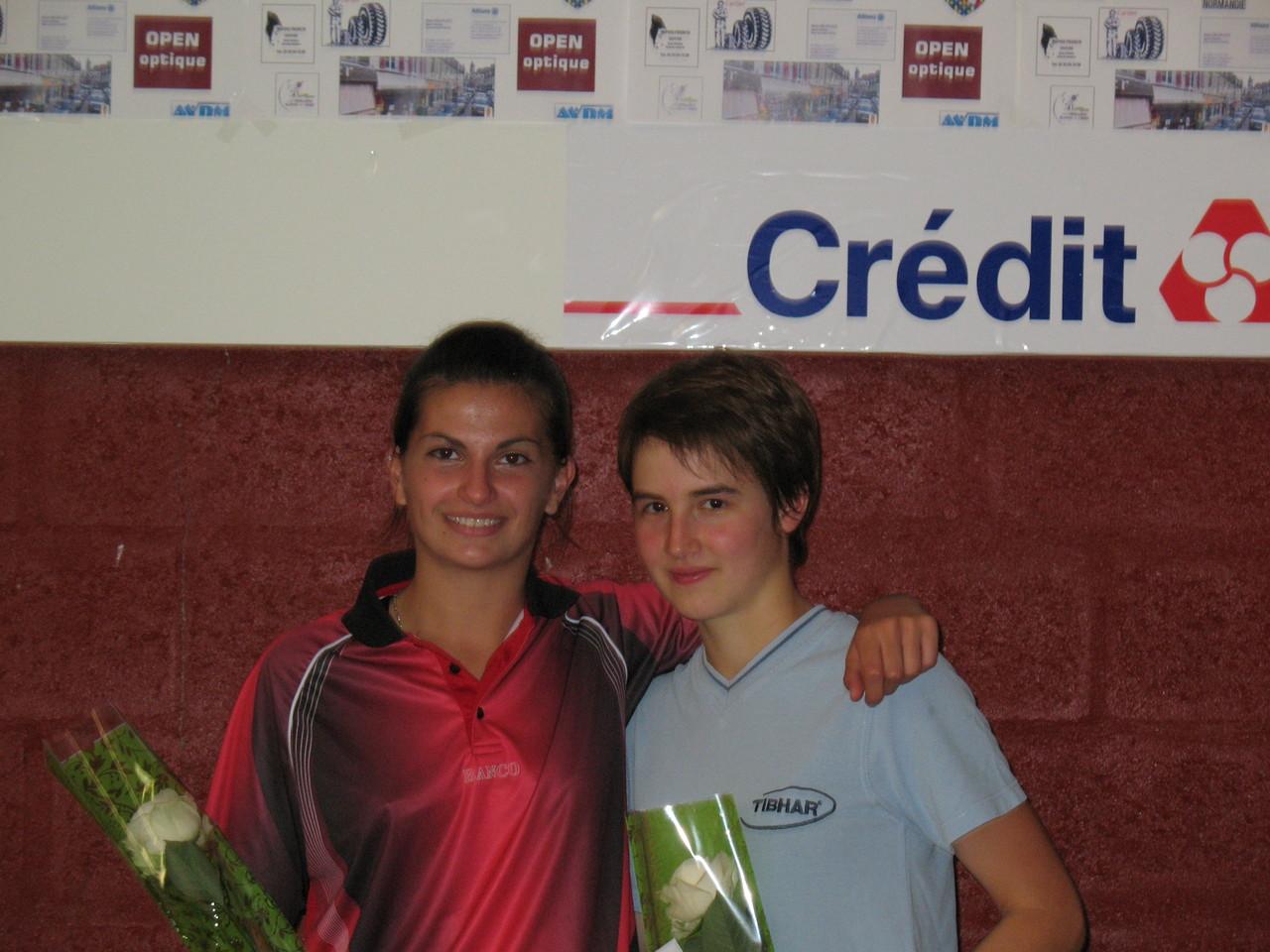 Tableau Dames. Mathilde Martin, vainqueur (à gauche) et Pauline REBIARD