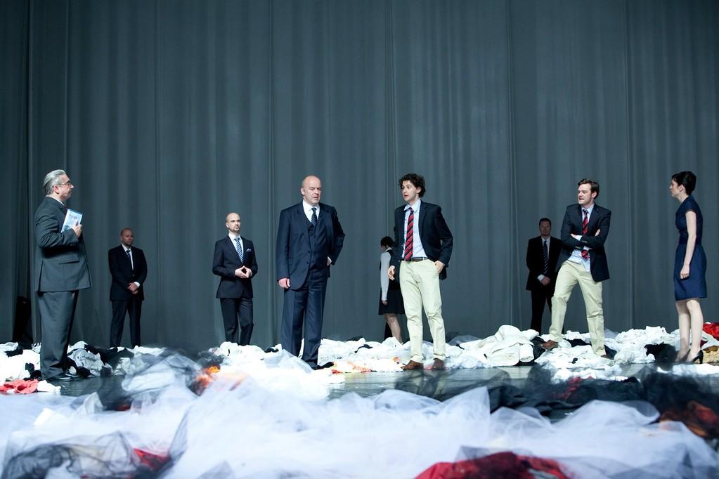 HAMLET. Regie: Theu Boermans. Rolle: Güldenstern. Ⓒ Lupi Spuma