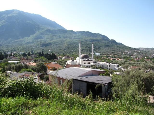 Kleine Moschee in Bar