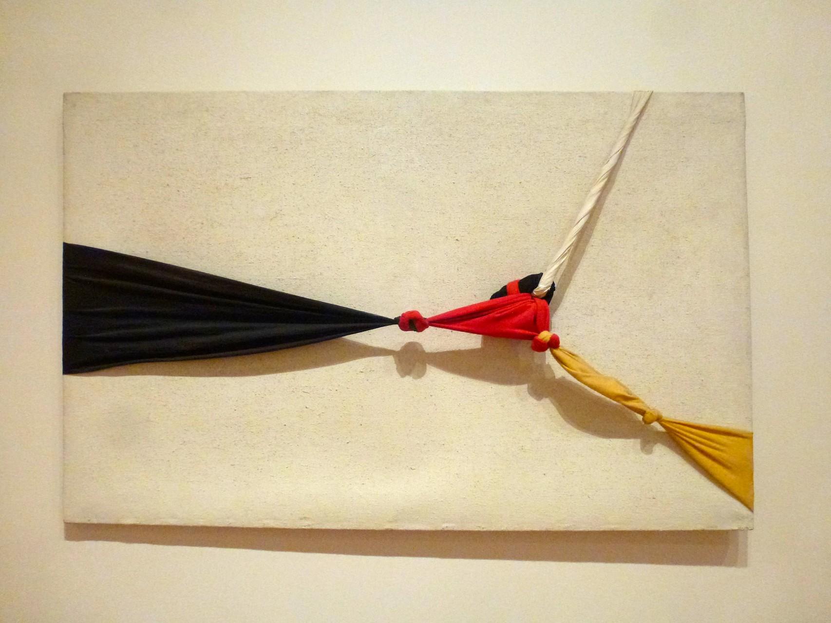 Jorge Eielson - White Quipus (1964)