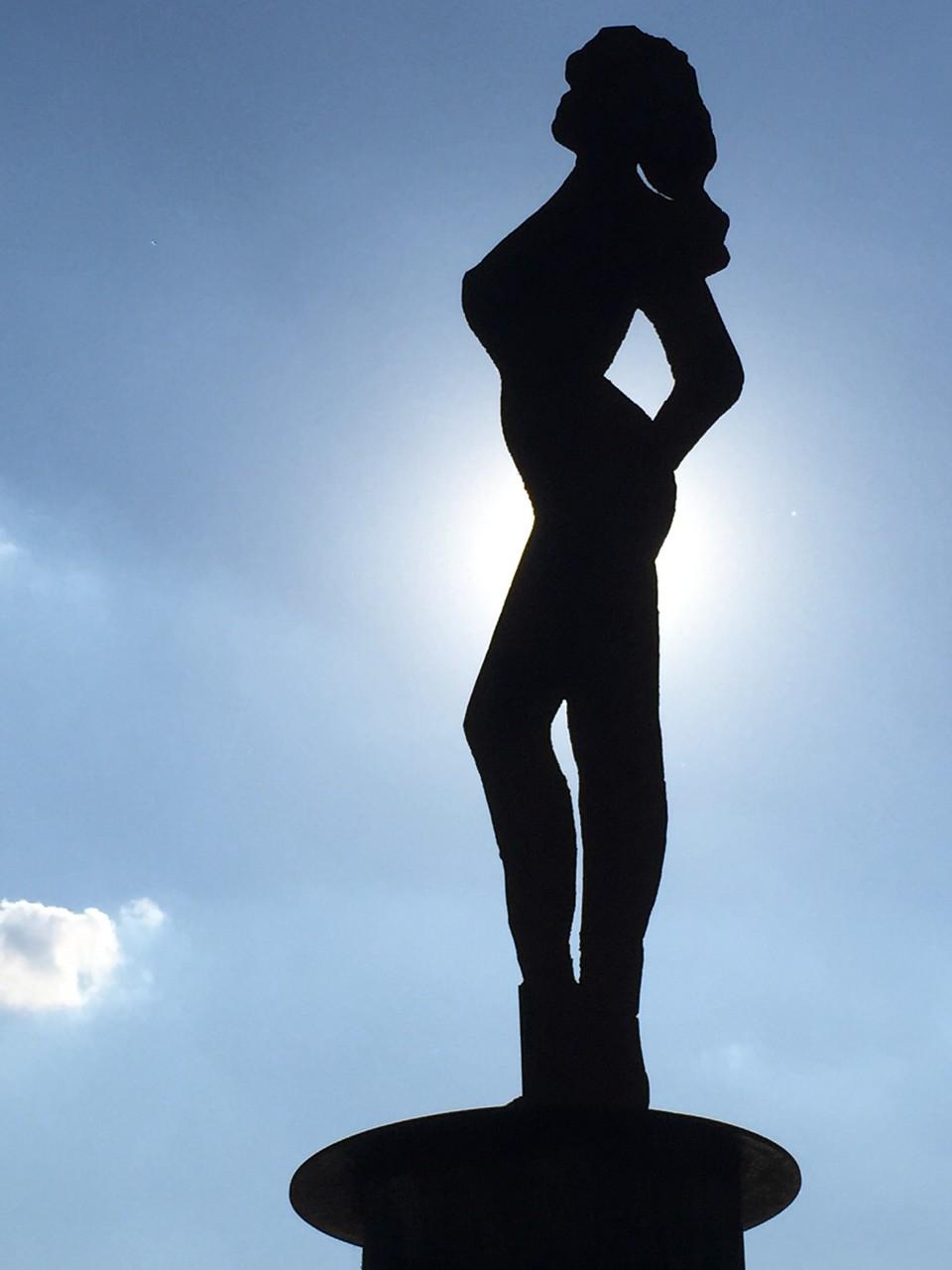 Statue im Strand Pauli