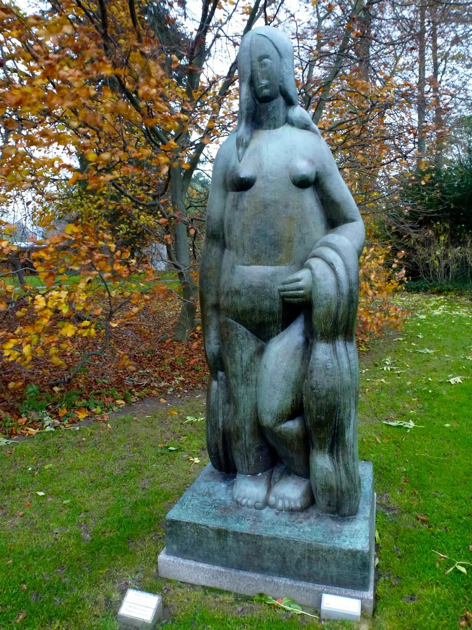 Slulpturen von Henry Moore