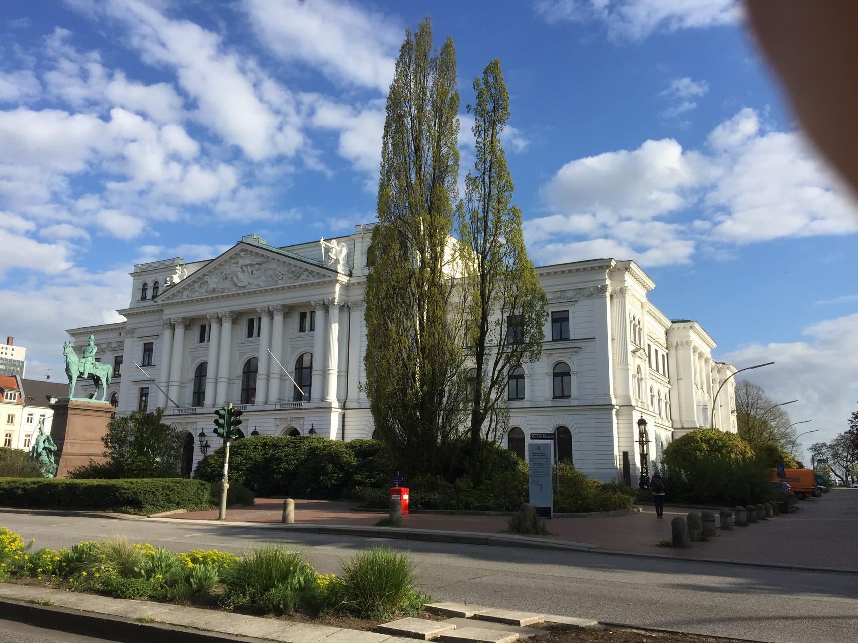 Altonaer Rathaus - heute Bezirksamt
