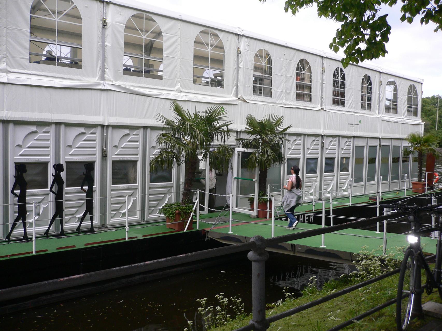 Schiffsrestaurant auf der Binnenalster