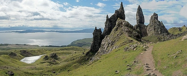 Bild: Old Man of Storr in Schottland