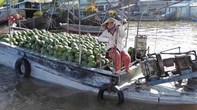 Bild: Lastkahn mit Melonen