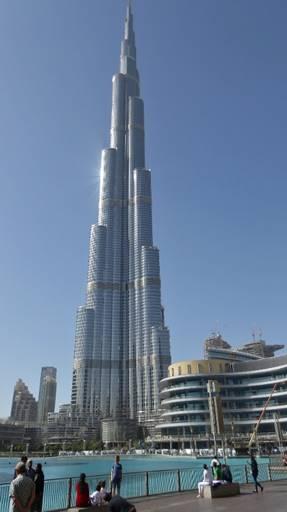 Bild: Der gigantische Turm der City Mall in Dubai - der Burj Khalifa