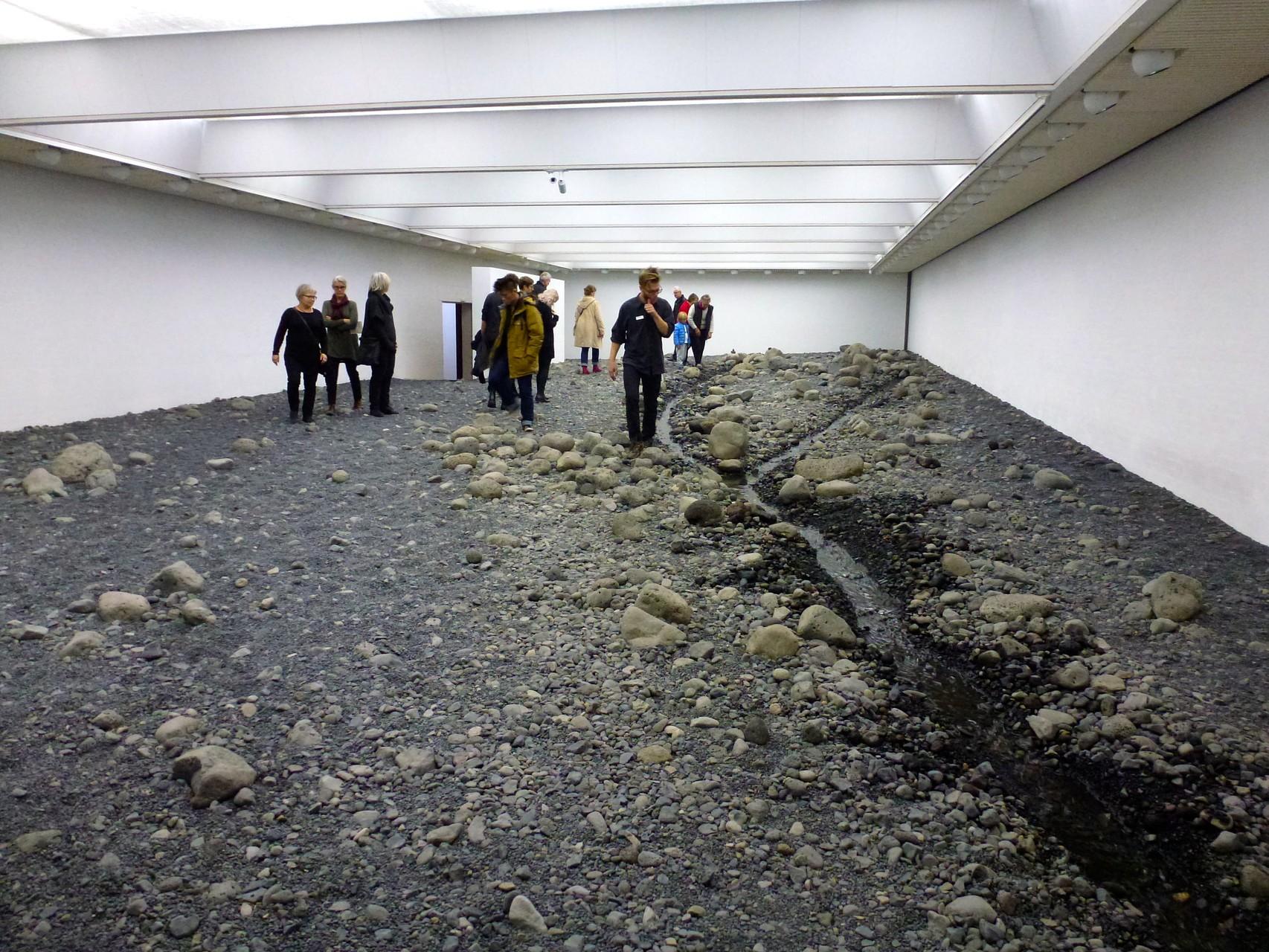 Flussbett von Olafur Eliasson