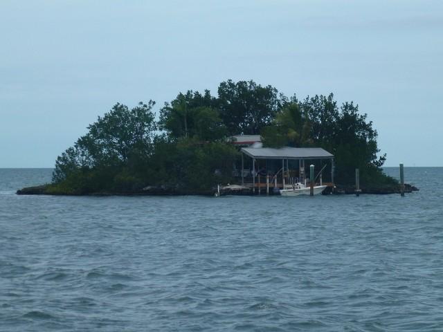 Bild: Kleine Insel vor Marathon auf den Keys