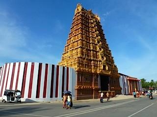 Bild: Hindu Tempel Ballur Kandaswami Kovli