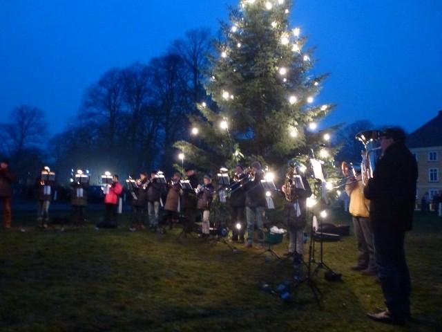 Bild: Weihnachtliches Blaskonzert sorgt für weihnachtliche Stimmung