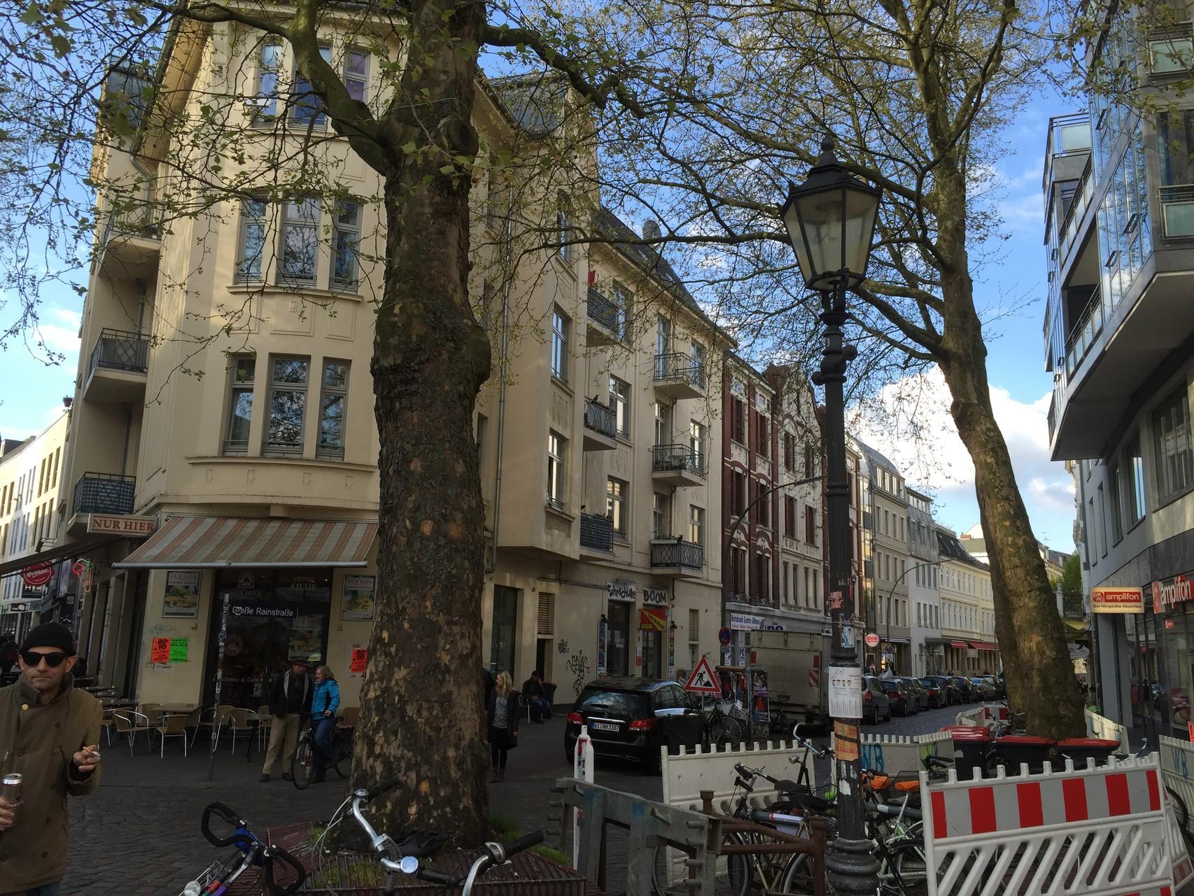 Einkaufsstraße Ottenser Hauptstraße