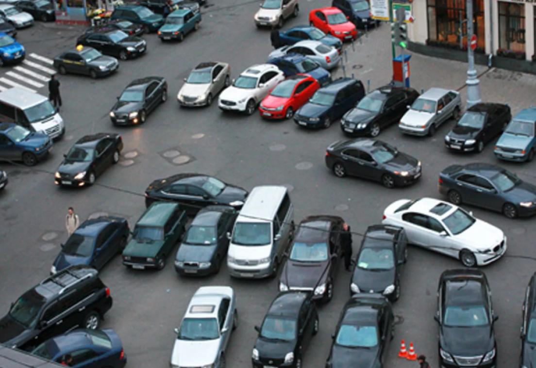 Как правильно парковаться в городе.