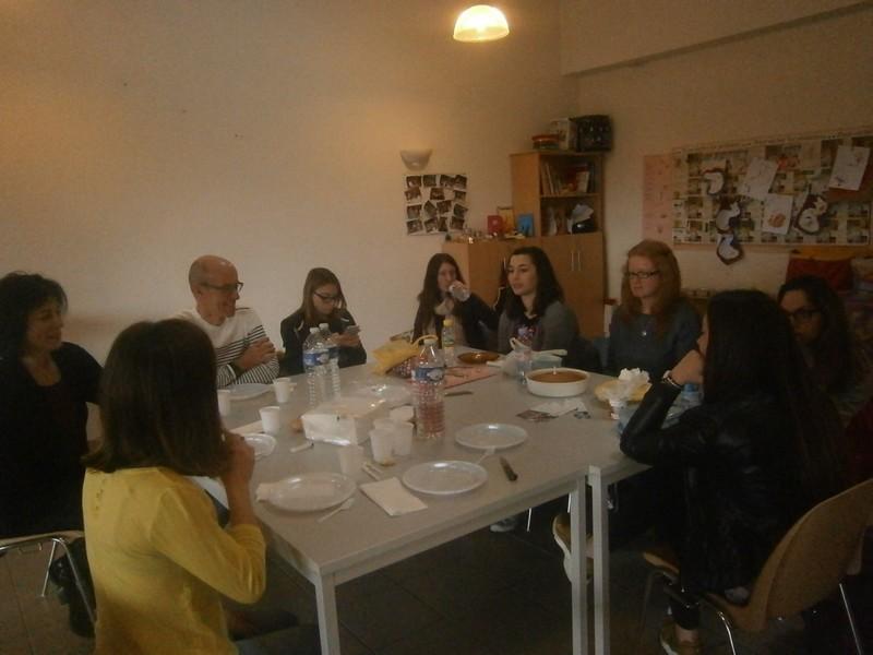 Une petite pause repas avec les intervenants