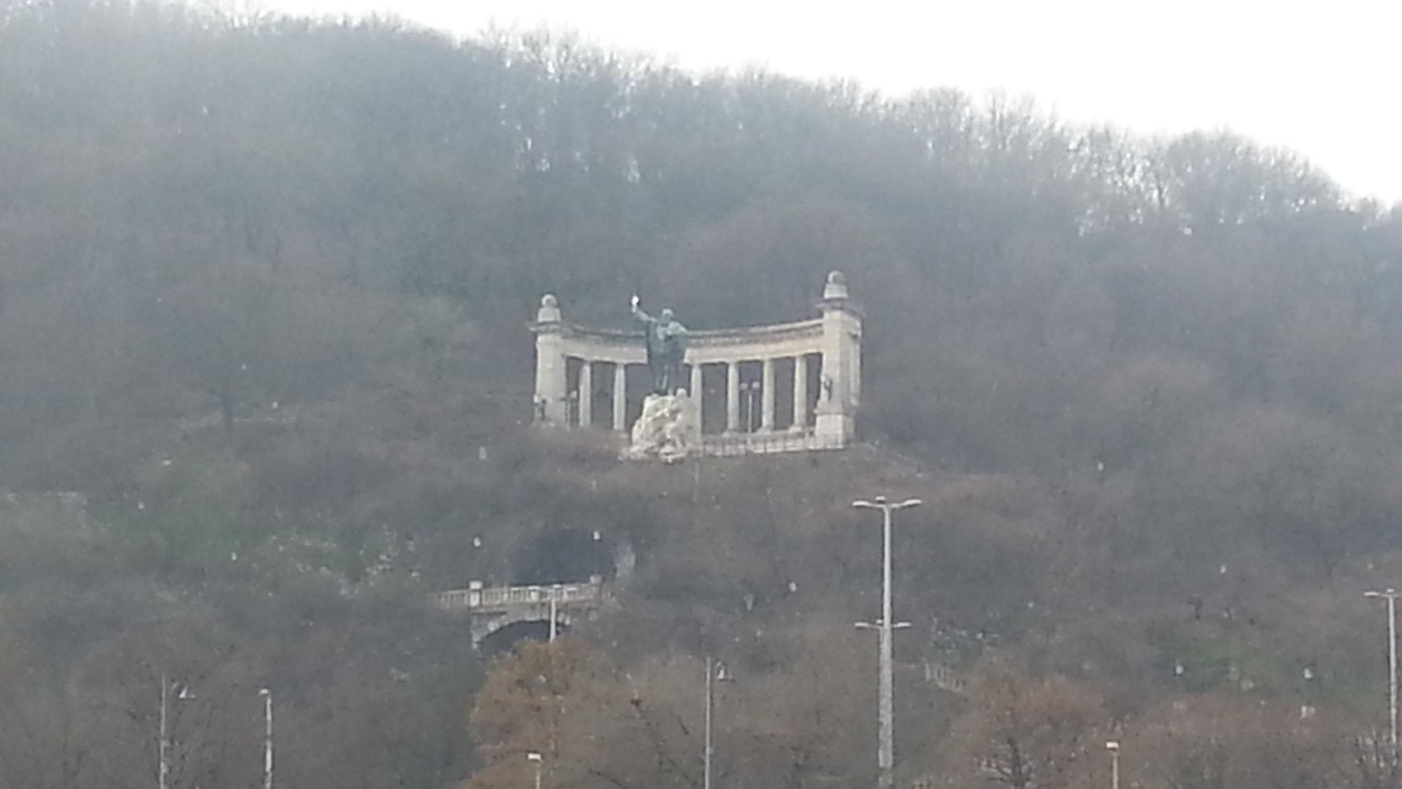 Sicht auf den Burgtempel