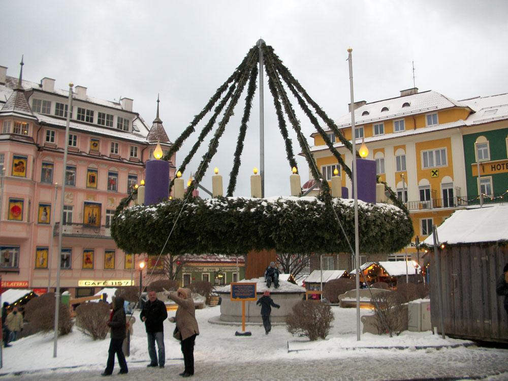 Der größte Adventkranz ist in Mariazell