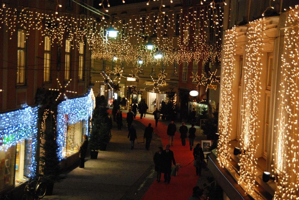 Geschmückte Gassen in Graz zu Adventszeit