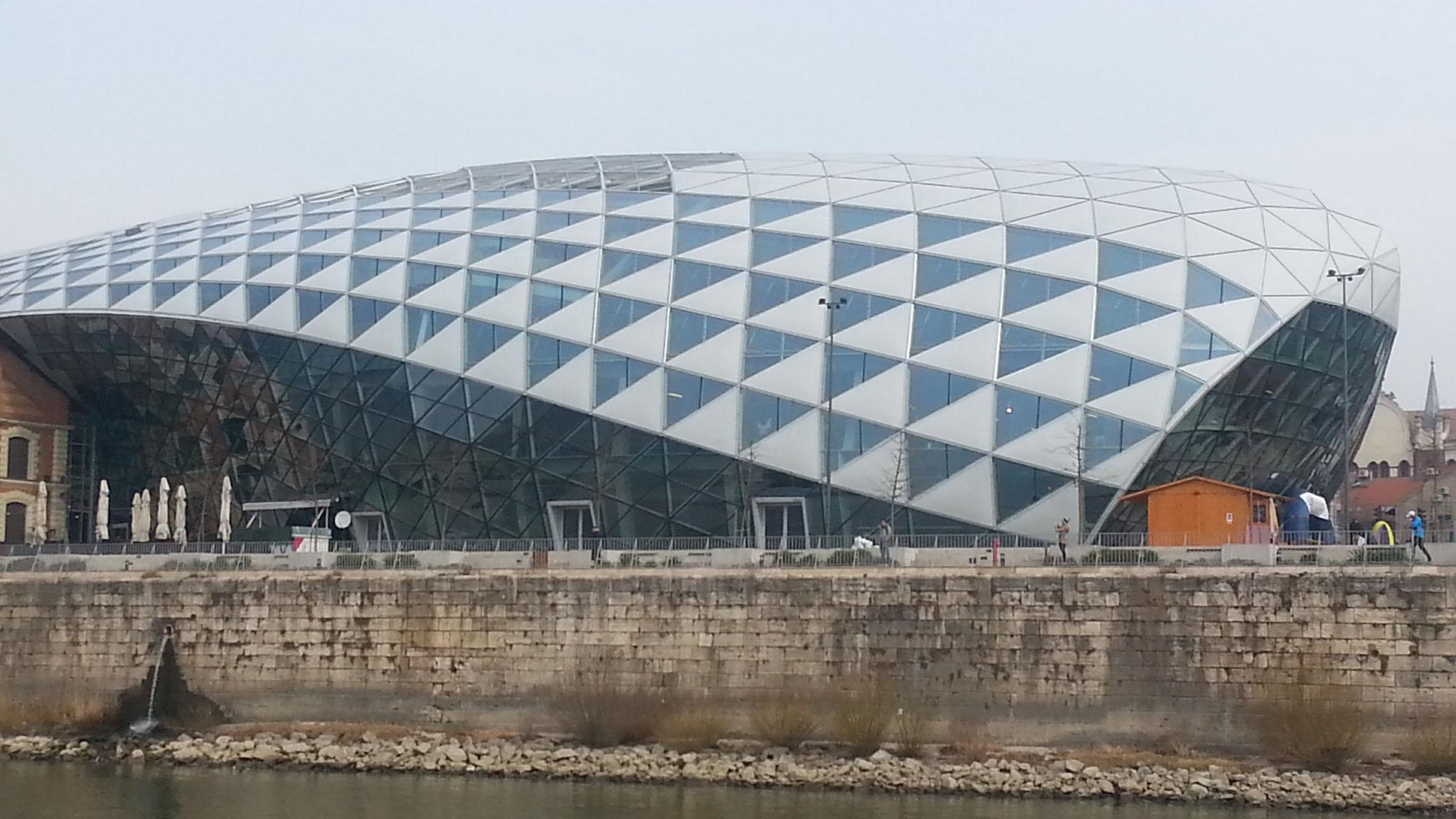 Neues Dach bei einem Einkaufszentrum