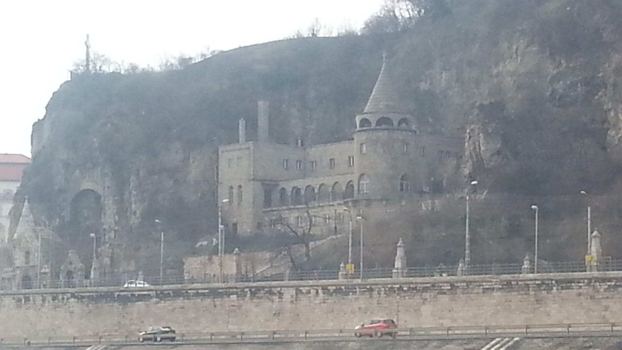 Altes Bauwerk in Budapest