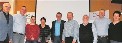 Zum neuen Vorsitzenden wurde Heinz Fahling (links) gewählt. Die Rolle seines Stellvertreters bekleidet Markus Schepers (Zweiter von links).Foto: Michael Sterk