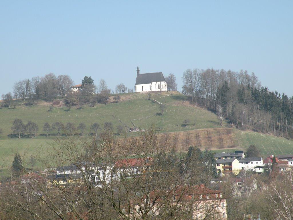 Magdalenabergkirche vom Gegenhang