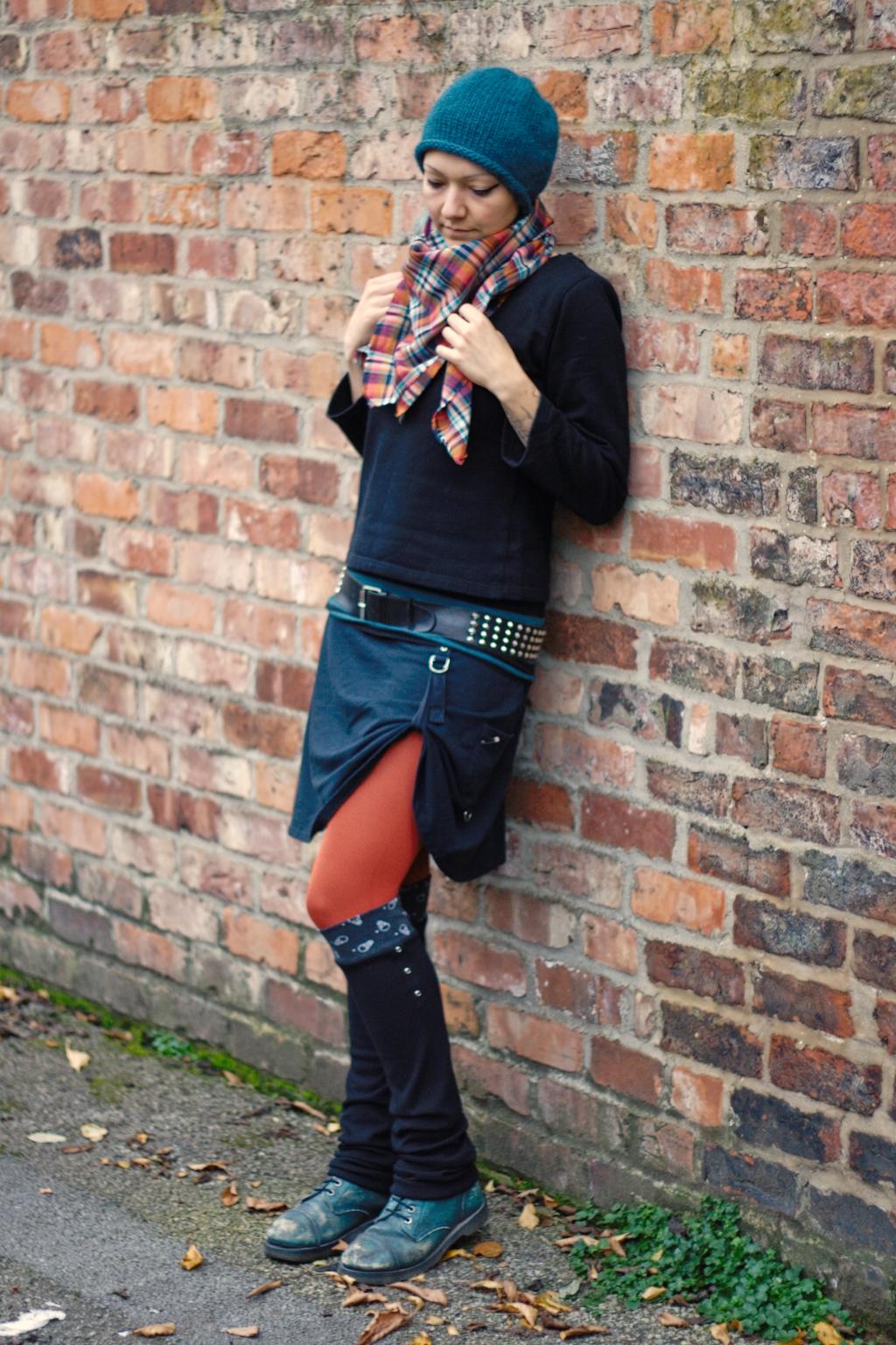 4 Paar Beinstulpen - 4 verschiedene Outfits - Skulls & Eyelets - Zebraspider DIY Blog