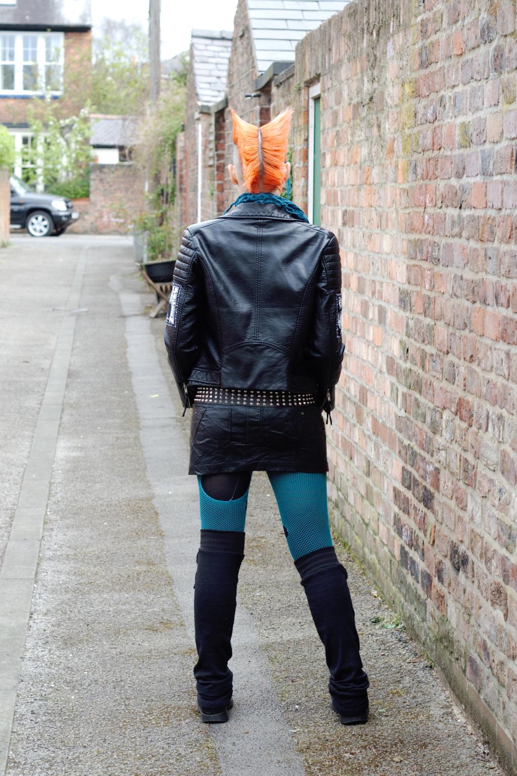 Projekt Lederjacke & politische Gedanken - Outfit - Zebraspider DIY Anti-Fashion Blog
