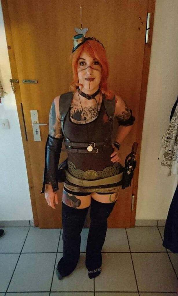Auftrag für ein Steampunk-Endzeit-Outfit - Jassi zu Hause - Zebraspider DIY Blog