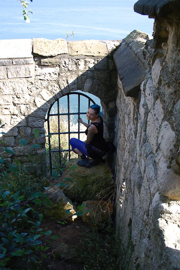 (M)ein Tag am Meer - Scarborough Burgmauer und Meer - Zebraspider DIY Blog