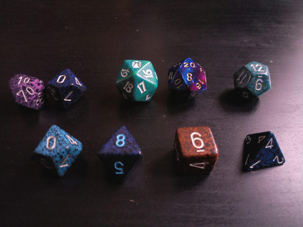 What and how I've been doing - D&D dice - Zebraspider DIY Anti-Fashion Blog