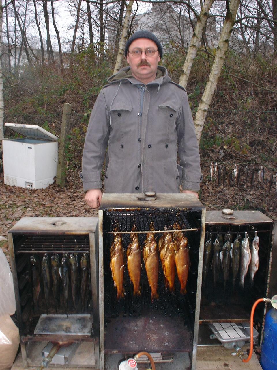Jürgen R. und die Anfänge undeser Forellenräucherns 2004