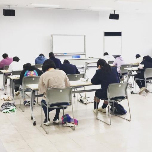 今日は、漢字検定試験!