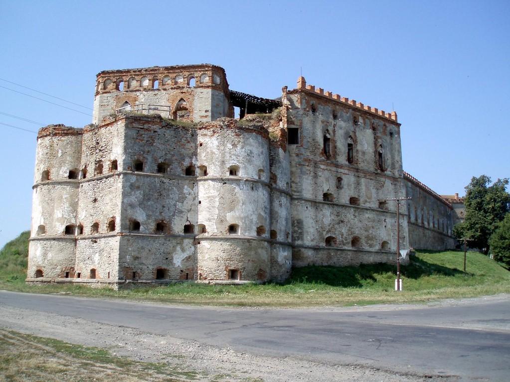 Північно-східна вежа.