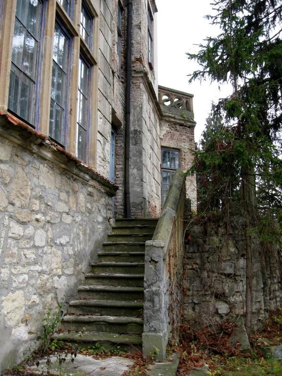 Парадні сходи палацу
