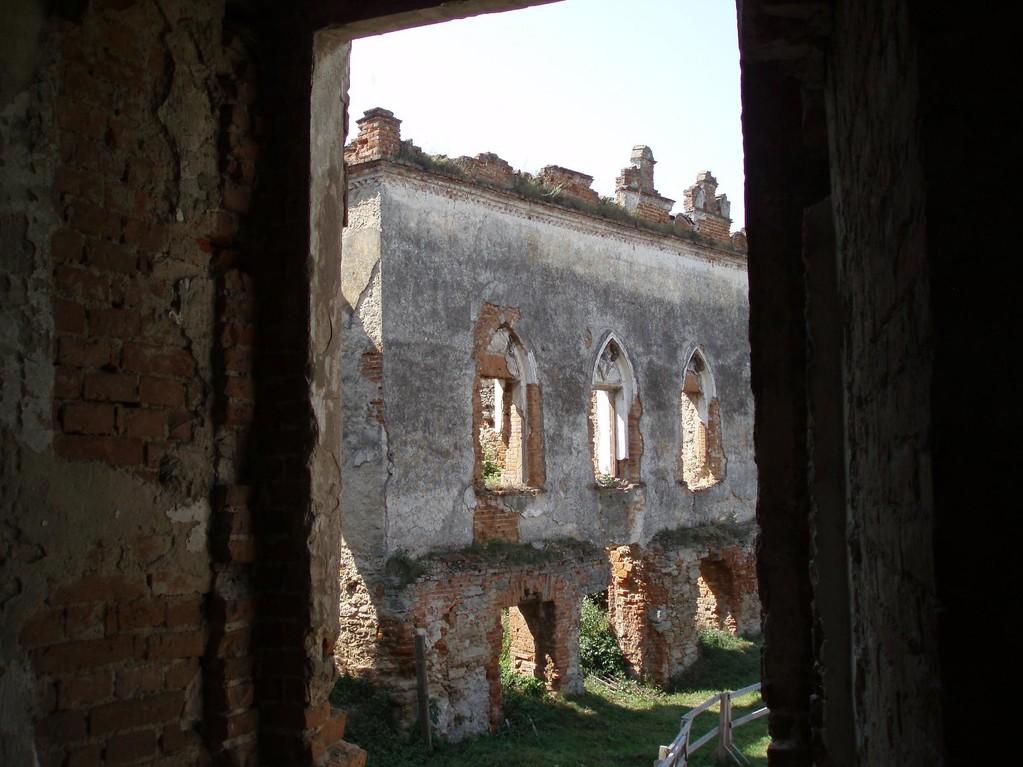 Палац замку.