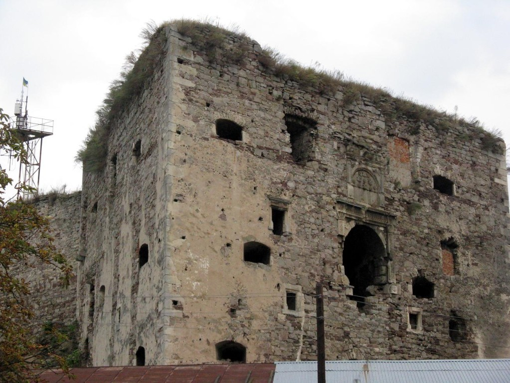 Південно-західна вежа замку