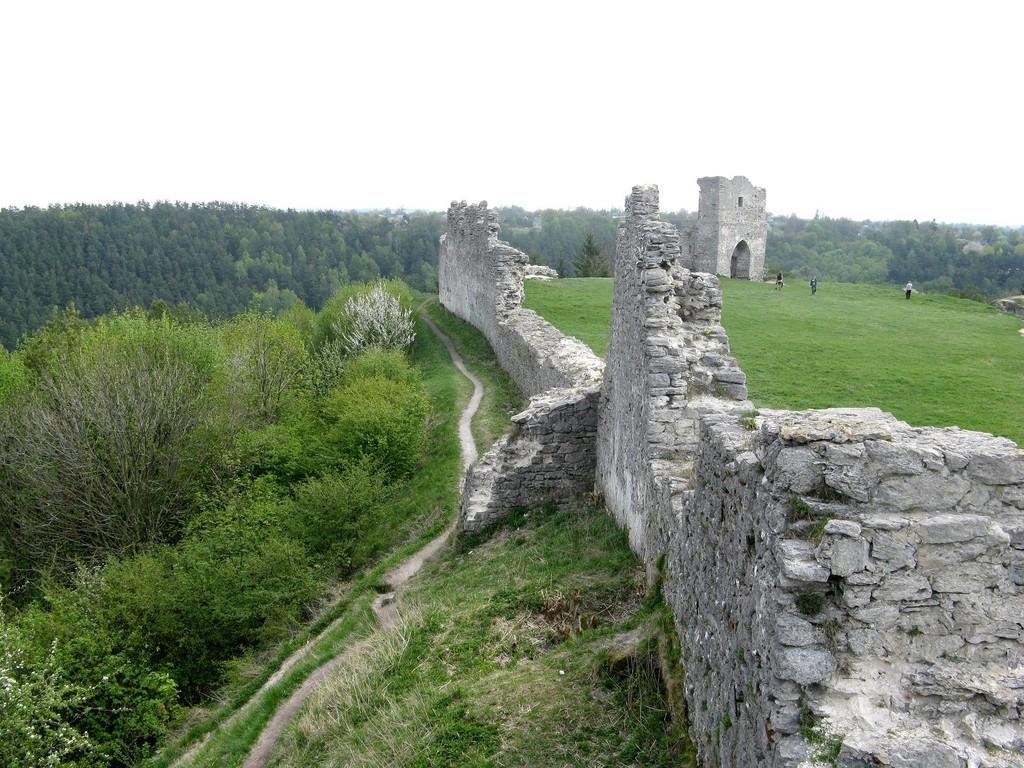 Північні мури замку
